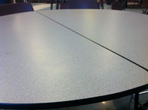 Round Tables vs. Rectangular Tables