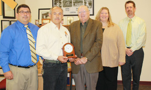 Mr. Waring Wins Hennessey Award