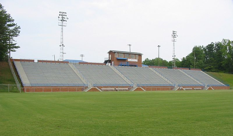800px-Duck_Samford_Stadium_home_stands